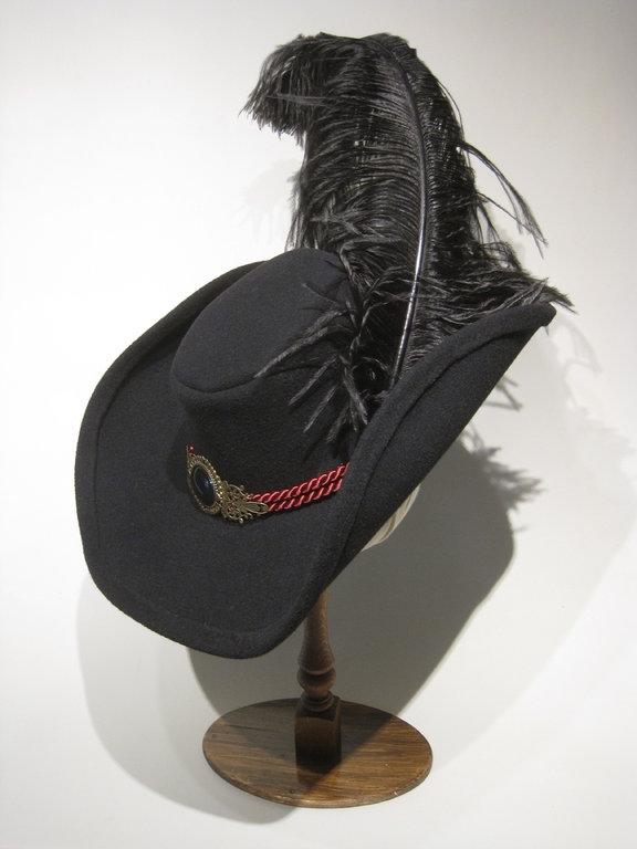 Luxury historic hat with belt and feather 54-64cm 15 colors