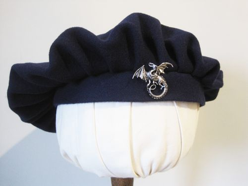 Beret with dragon 54-64cm 15 colors