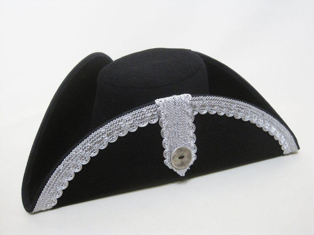 Noble tricorn in 54-64cm 15 colors